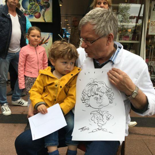 the_cartoon_factory_karikaturist_sneltekenen_sneltekenen_op_papier_braderie_1